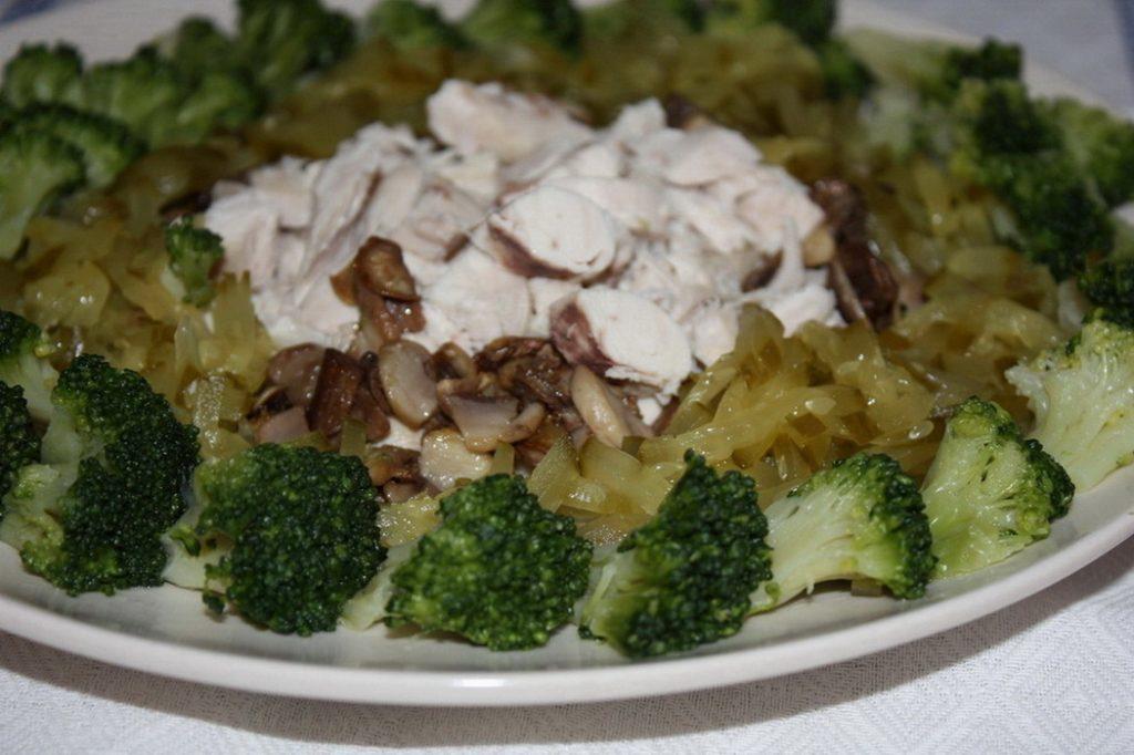 salat-s-brokkoli-retsept-foto